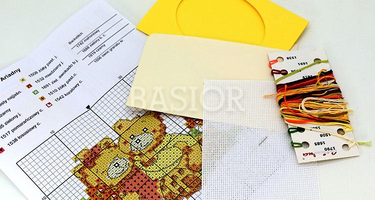 zestaw-haftowanych-kartek
